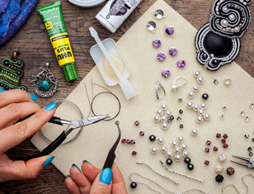 Biżuteria ręcznie robiona. Warto czy nie warto?