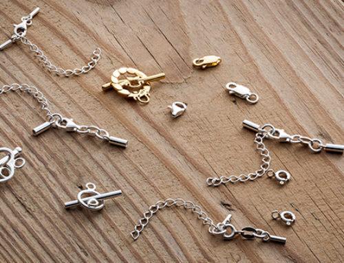 Zapięcia do bransoletek – rodzaje zapięć do biżuterii
